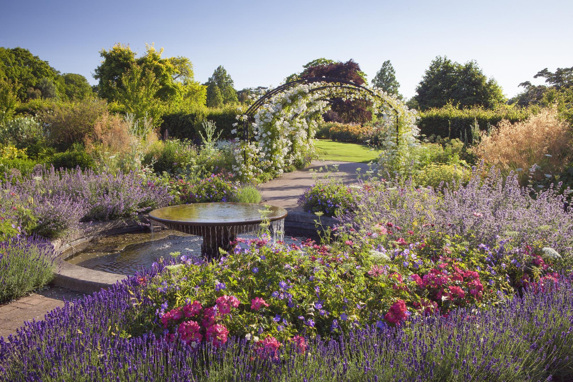 Chelsea Flower Show 2020.Rhs Flower Show 2020 Group Tickets Now On Sale News